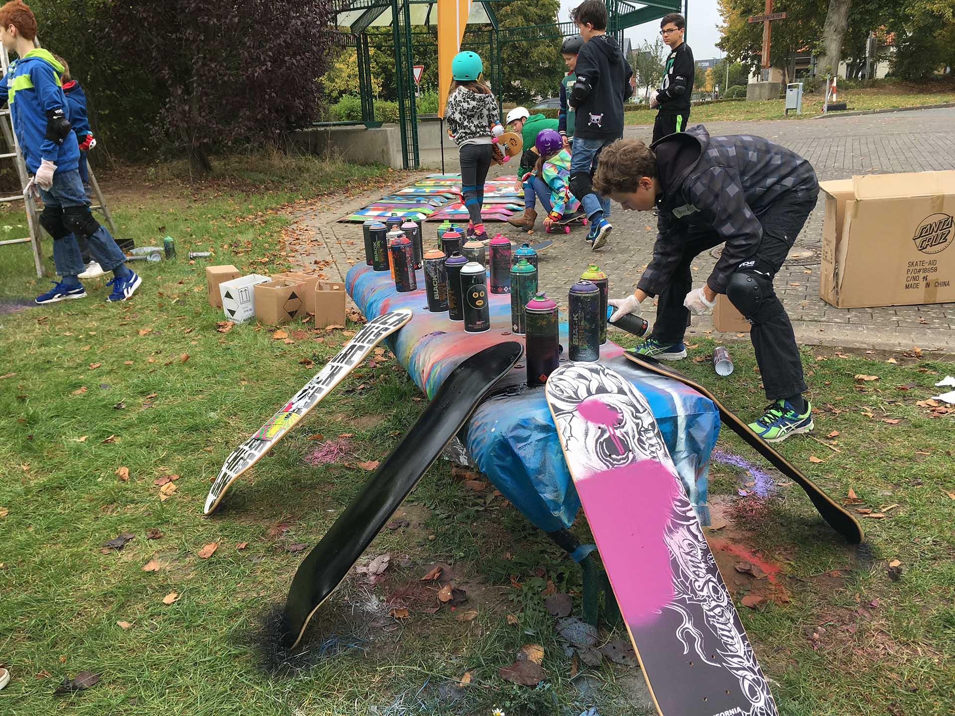 Skate-Aid, Workshop, Graffiti, Skateboarding, Lernen, Sprayen, Urban, Skaten, Bennet Grüttner, Studio Auckz.