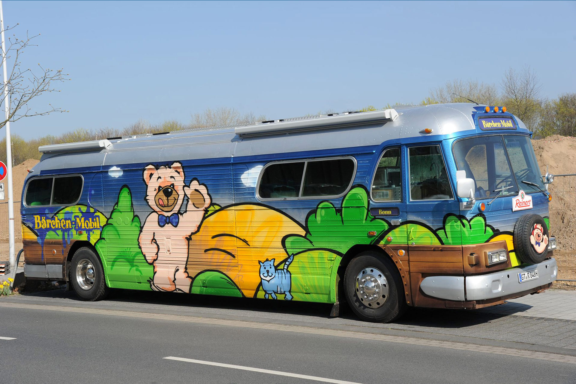 Greyhound, Bus, Graffiti, Reinert, Bärchen, Mobil, Promotion, Reinert, Studio Auckz